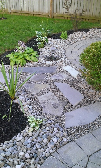 Mixed landscaping