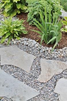 Mixed stone work
