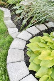 Multi-tier garden bed design